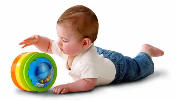 Как выбрать и как мыть резиновые и пластмассовые игрушки?