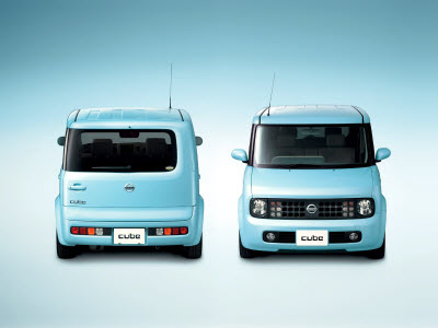 Экономичные авто Nissan_Cube