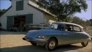 Автомобиль Патрика в одной из серий 4-го сезона Менталиста