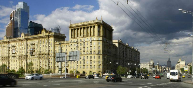 Здание на Кутузовском