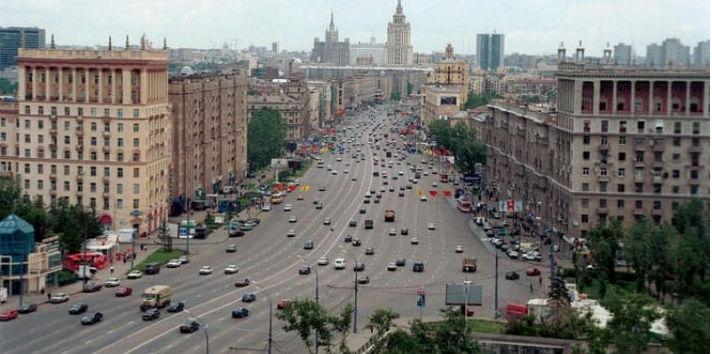 Кутузовский проспект у метро Кутузовская
